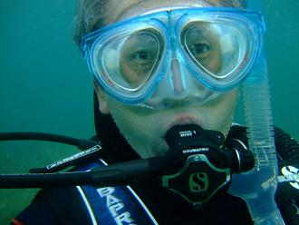 水中にて自分で撮影